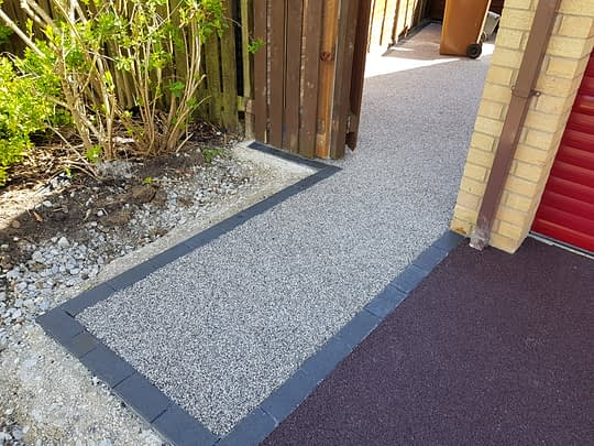 Pathway Entrance in Resin Bound
