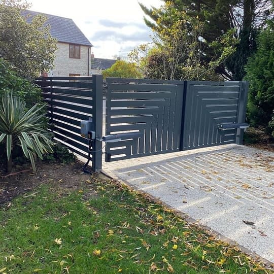 Automated-Gates-Installed-Kingscliffe